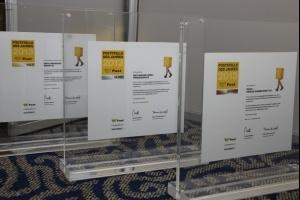 Preise in Bronze, Silber und Gold für die Sieger der Poststelle des Jahres 2013