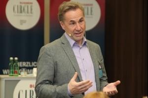 Professor Dr. Reinhold Rapp aus München spricht zum Thema Change Management